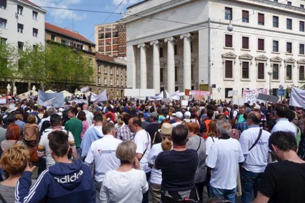 Prosvjed chf franak 25.04.2015